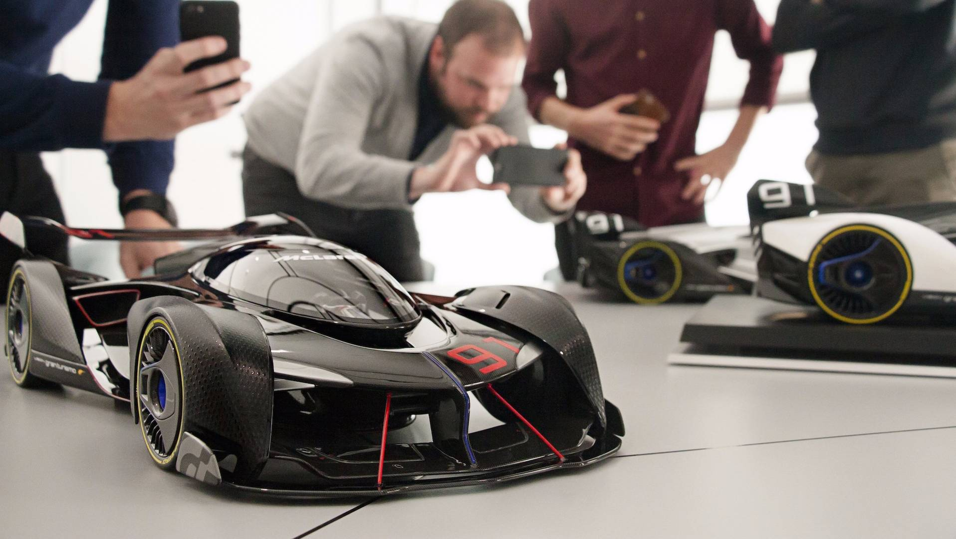 mclaren-ultimate-vision-gt-scale-model (27)