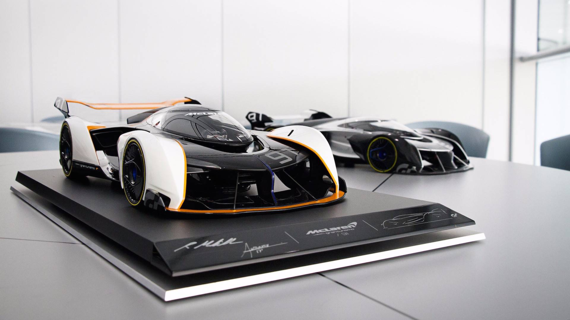 mclaren-ultimate-vision-gt-scale-model (31)