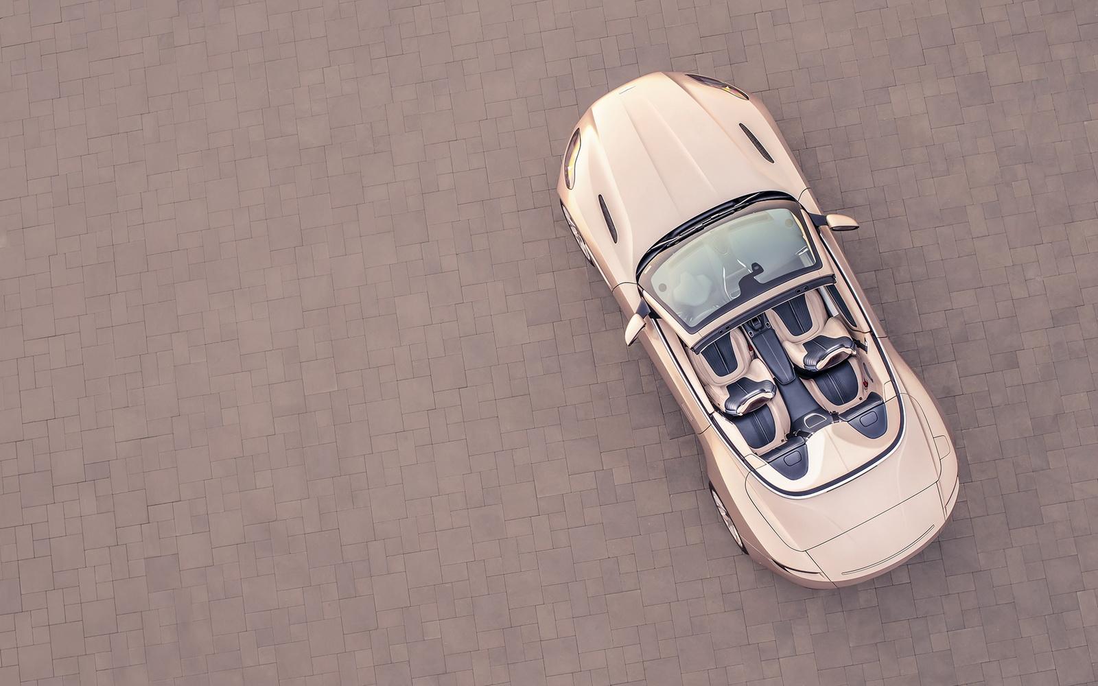 Aston_Martin_DB11_Volante_11