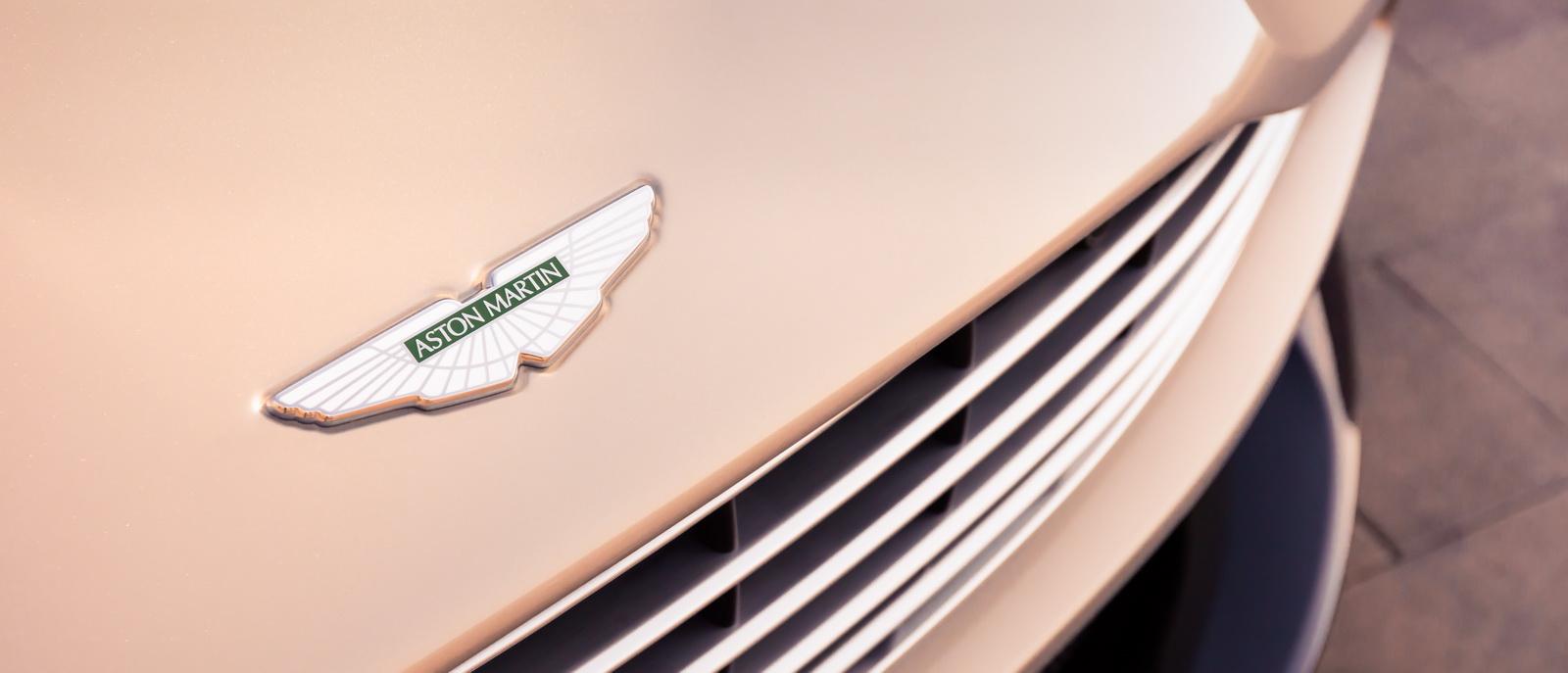 Aston_Martin_DB11_Volante_19