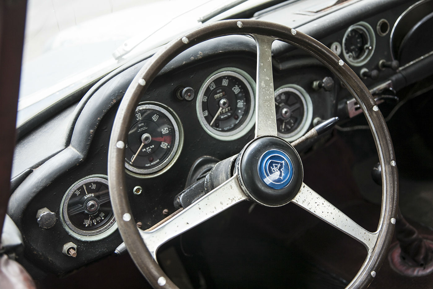 Aston Martin DB4 Series I barnfind (3)