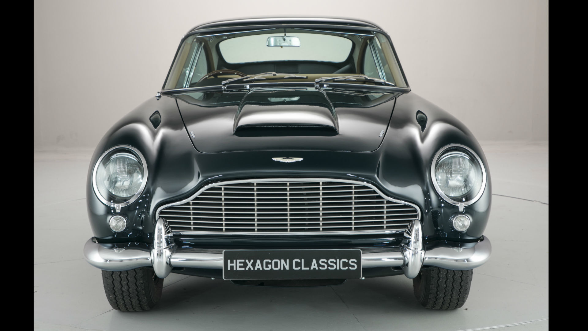 Aston_Martin_DB5_for_sale_01