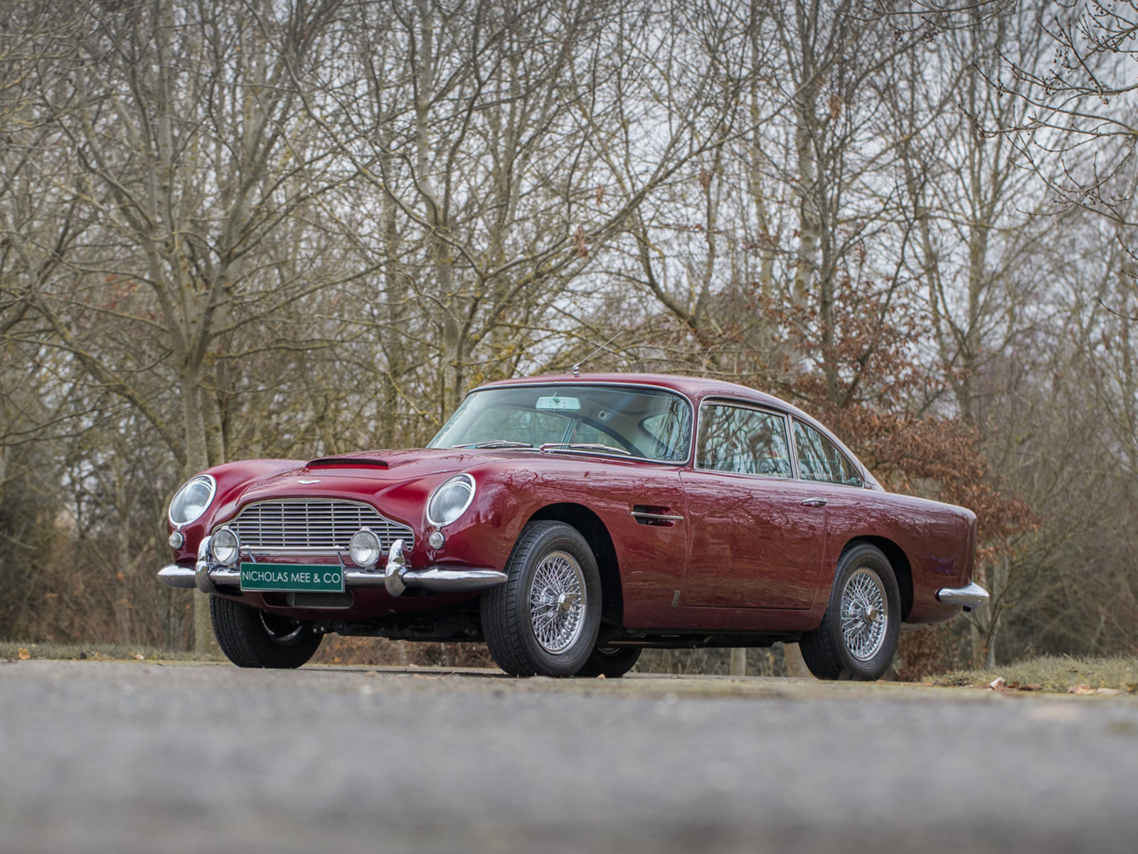 Aston_Martin_DB5_Led_Zeppelin_0002