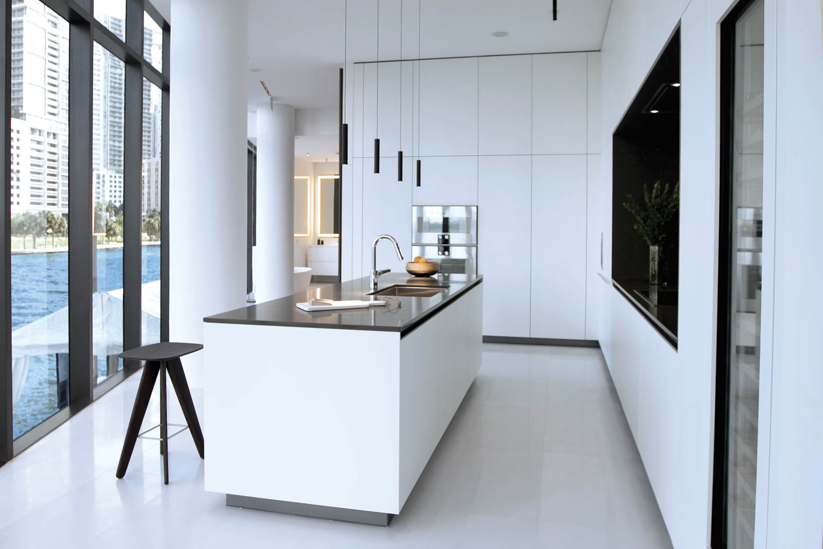Aston_Martin_Residences_03