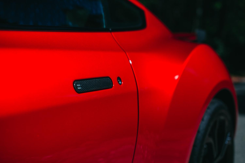 Aston_Martin_V12_Zagato_0003