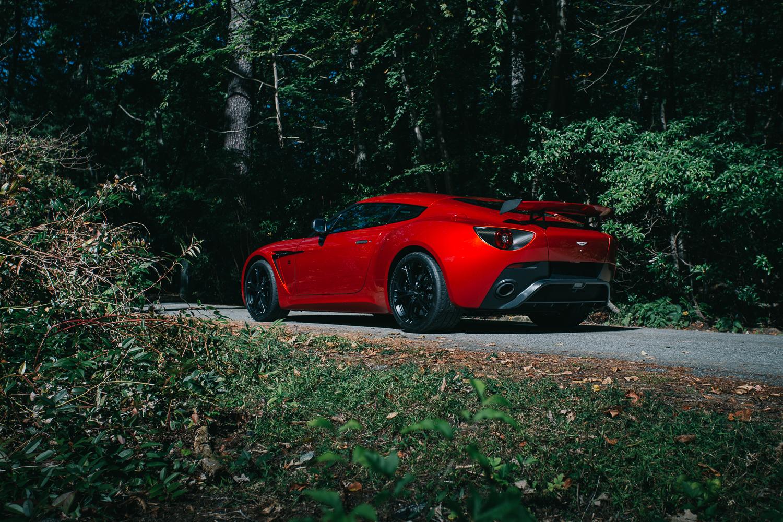 Aston_Martin_V12_Zagato_0008