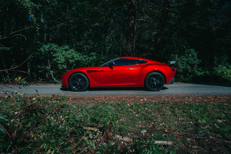 Aston_Martin_V12_Zagato_0011