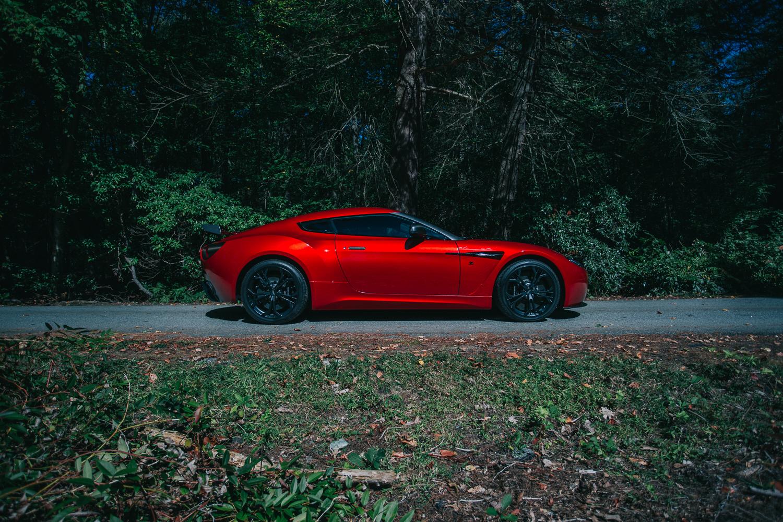 Aston_Martin_V12_Zagato_0012