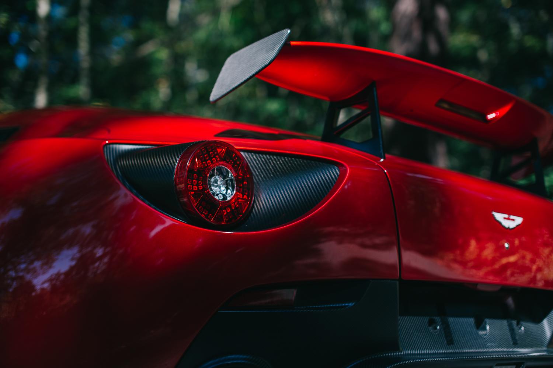 Aston_Martin_V12_Zagato_0016