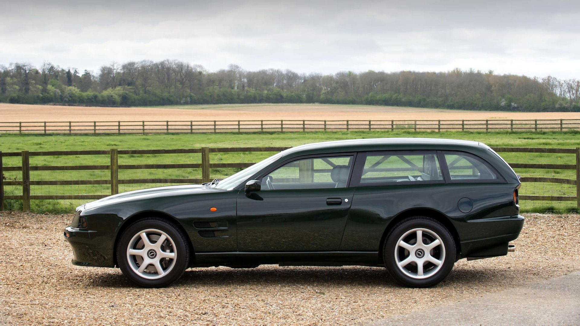 1996-aston-martin-v8-sportsman-estate (1)
