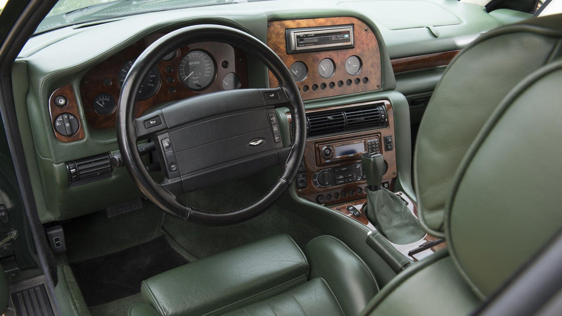 1996-aston-martin-v8-sportsman-estate (12)