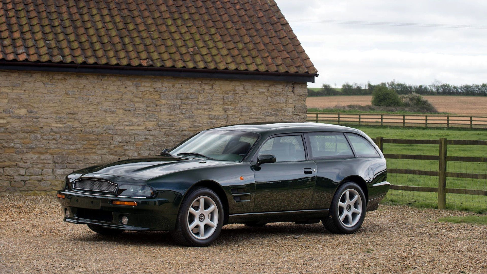 1996-aston-martin-v8-sportsman-estate (2)