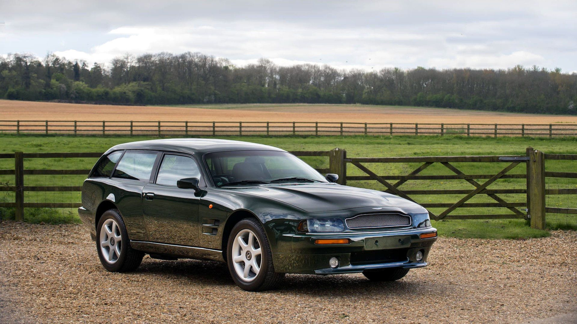 1996-aston-martin-v8-sportsman-estate