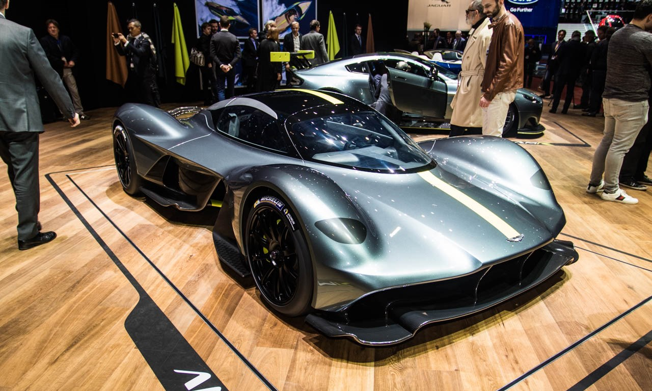 Aston-Martin-Valkyrie-4571