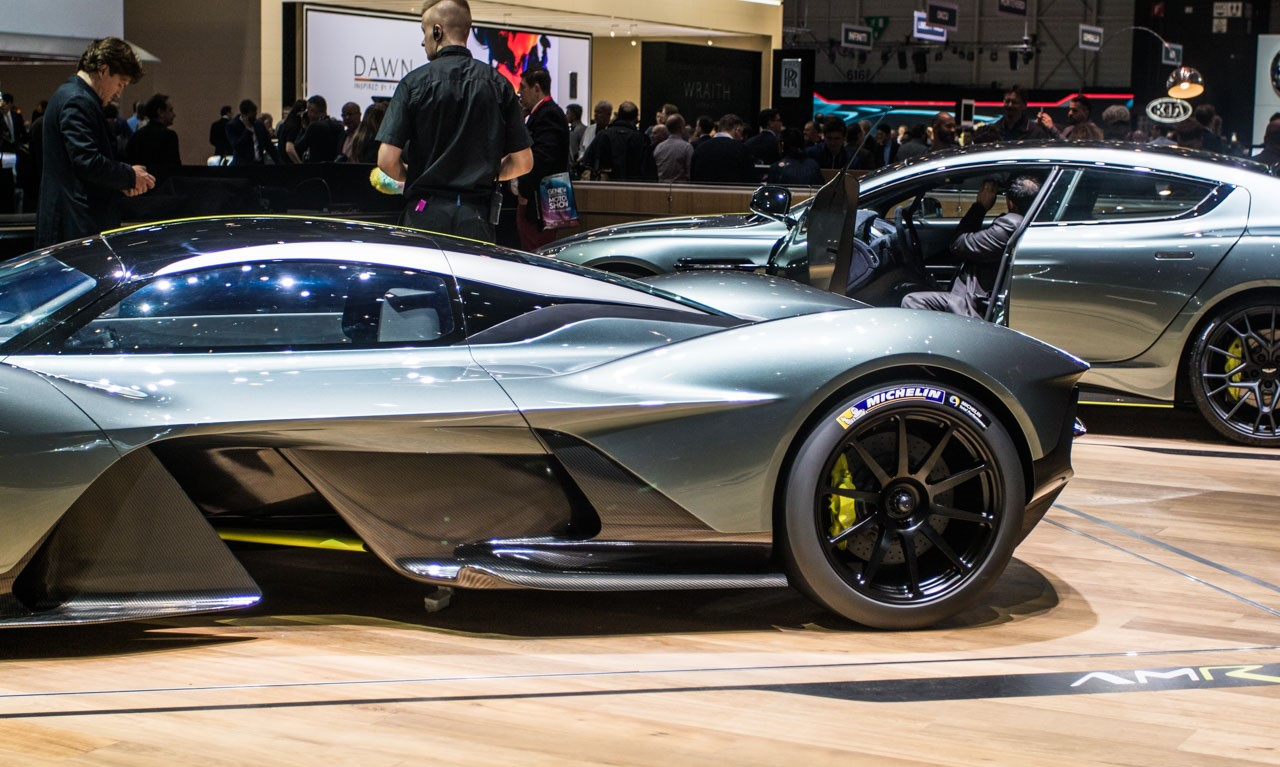 Aston-Martin-Valkyrie-4575