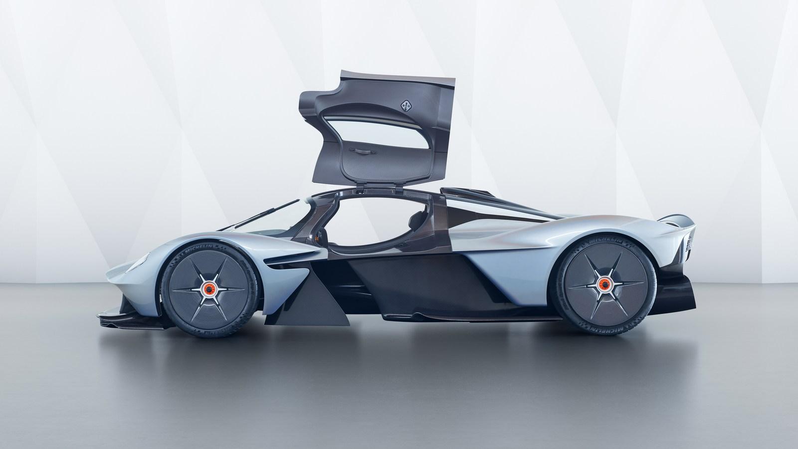 Aston-Martin-Valkyrie-18