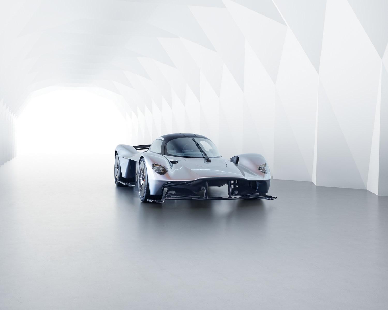 Aston-Martin-Valkyrie-8