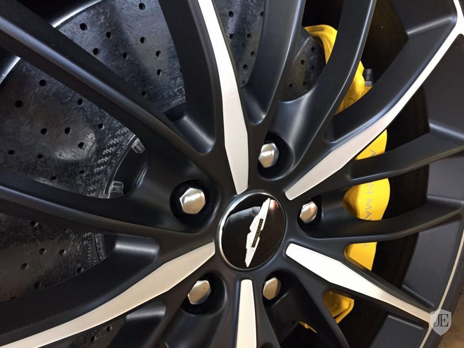 Aston Martin Vanquish Zagato yellow (10)