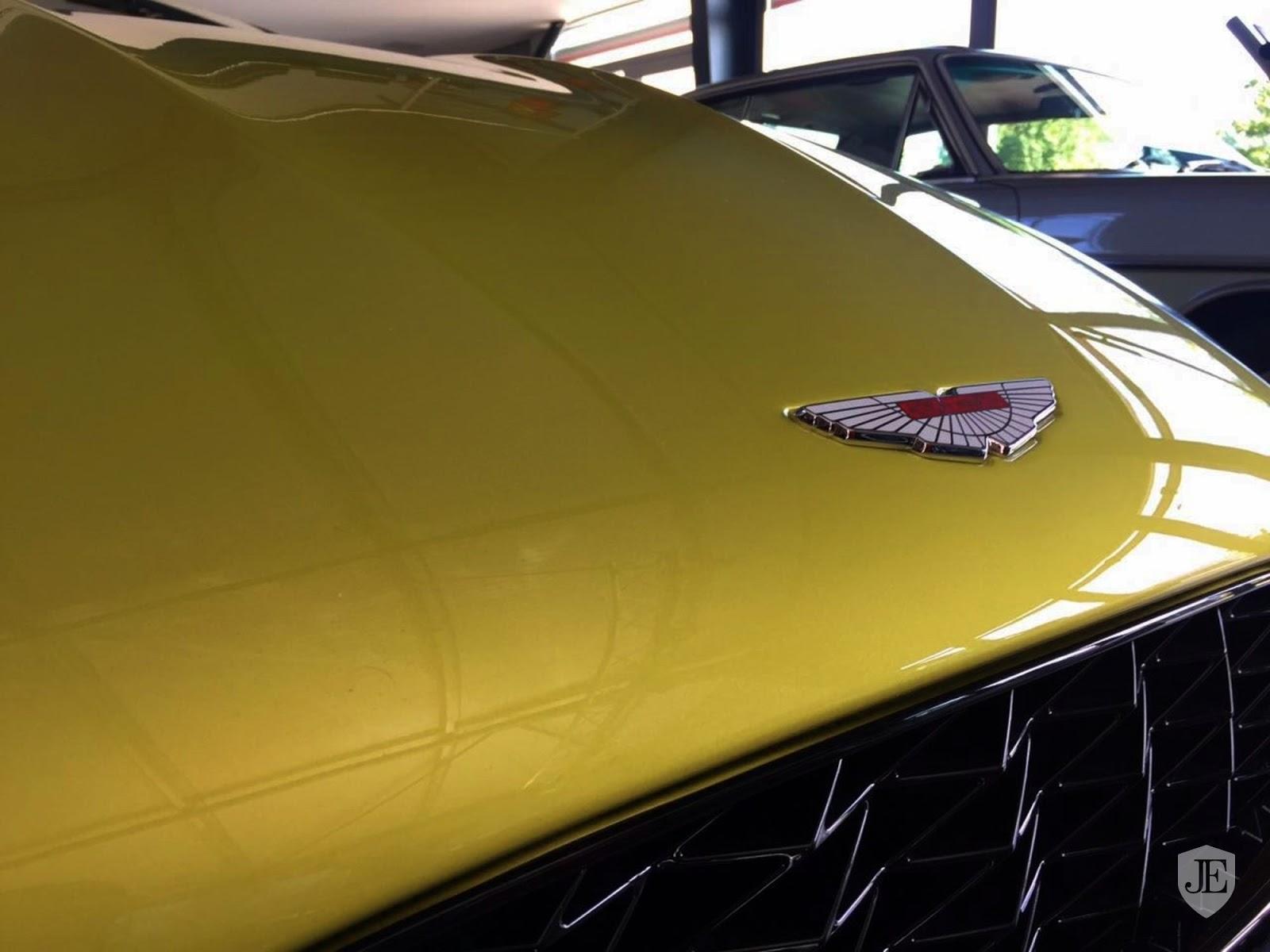 Aston Martin Vanquish Zagato yellow (14)