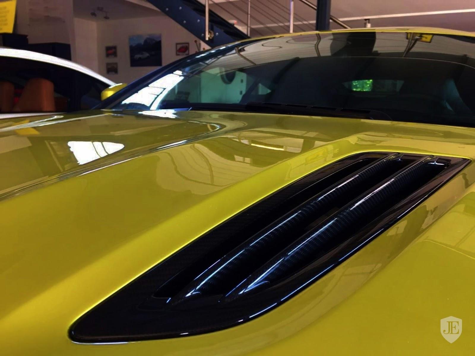 Aston Martin Vanquish Zagato yellow (15)