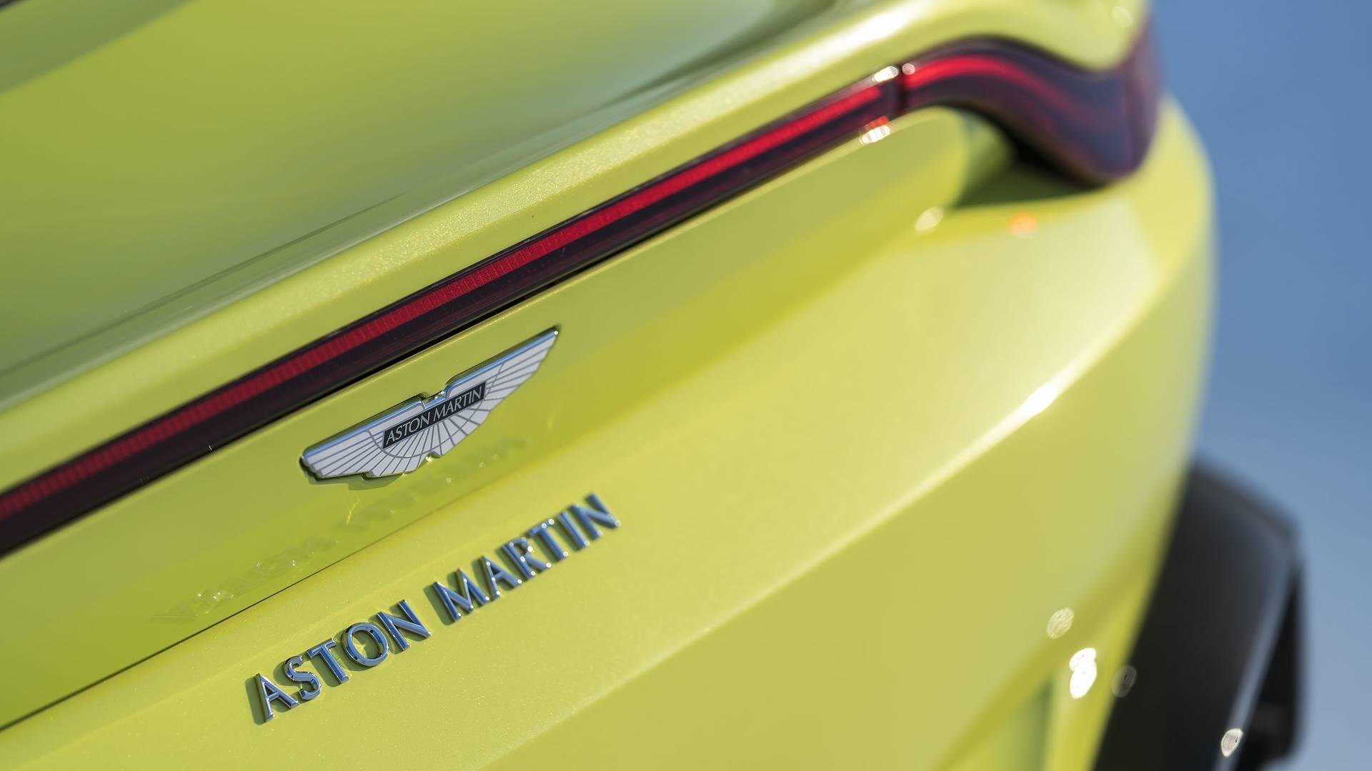 2018-aston-martin-vantage (19)