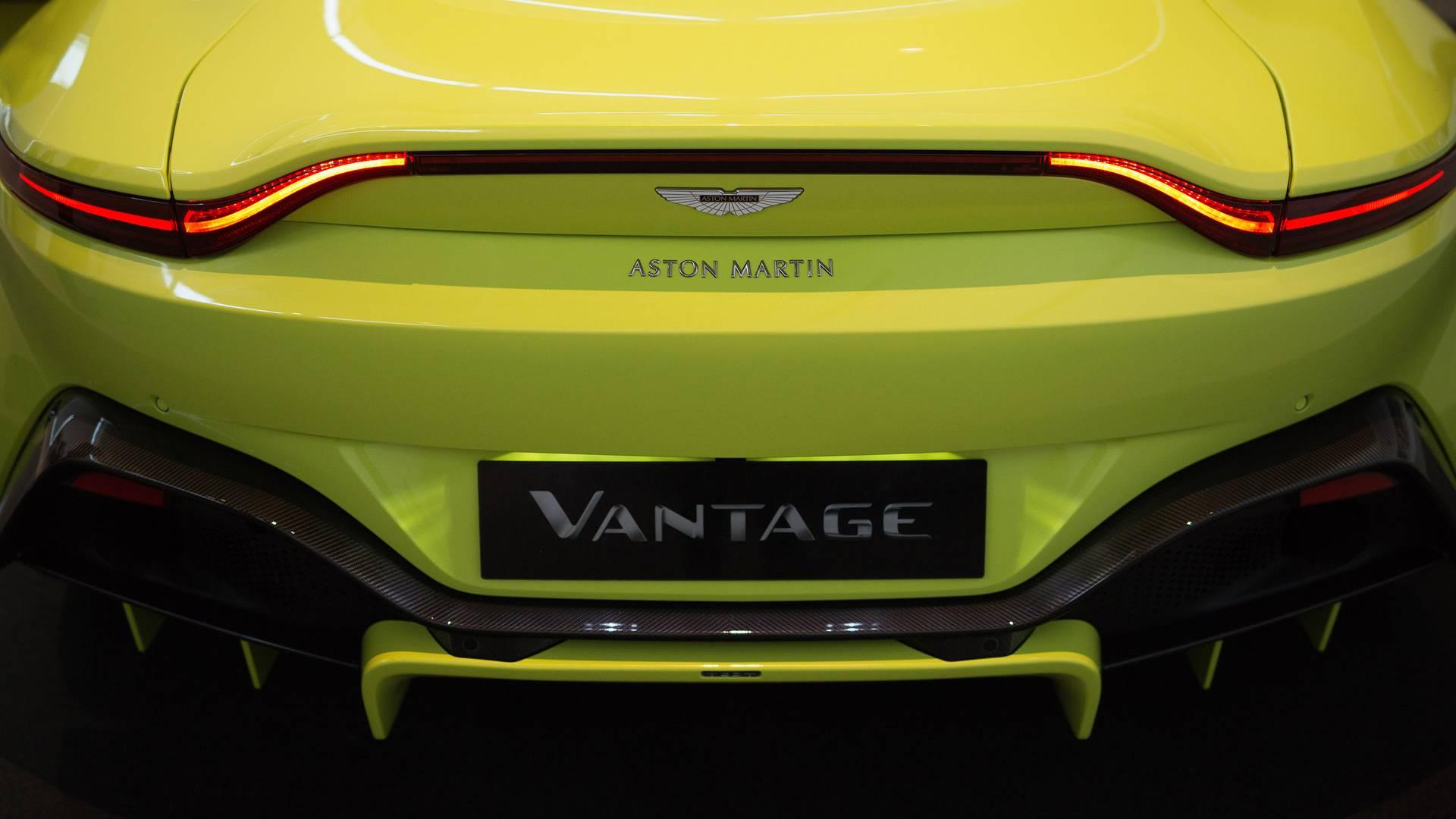 2018-aston-martin-vantage (41)