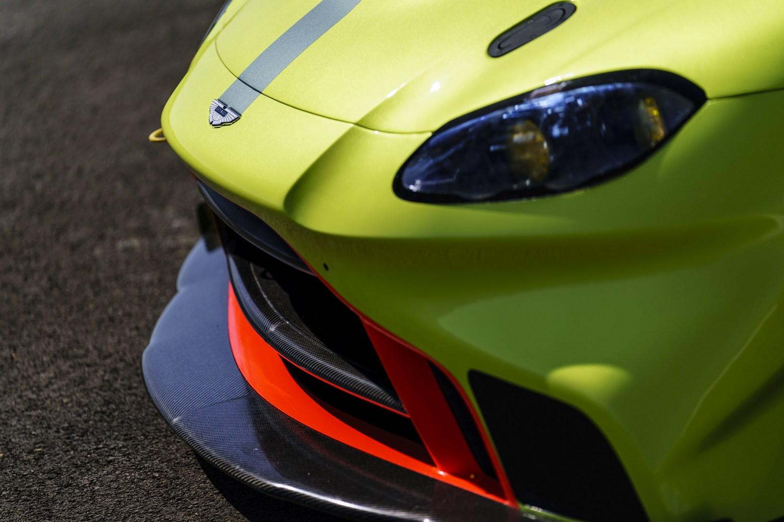 Aston_Martin_Vantage_GTE_07