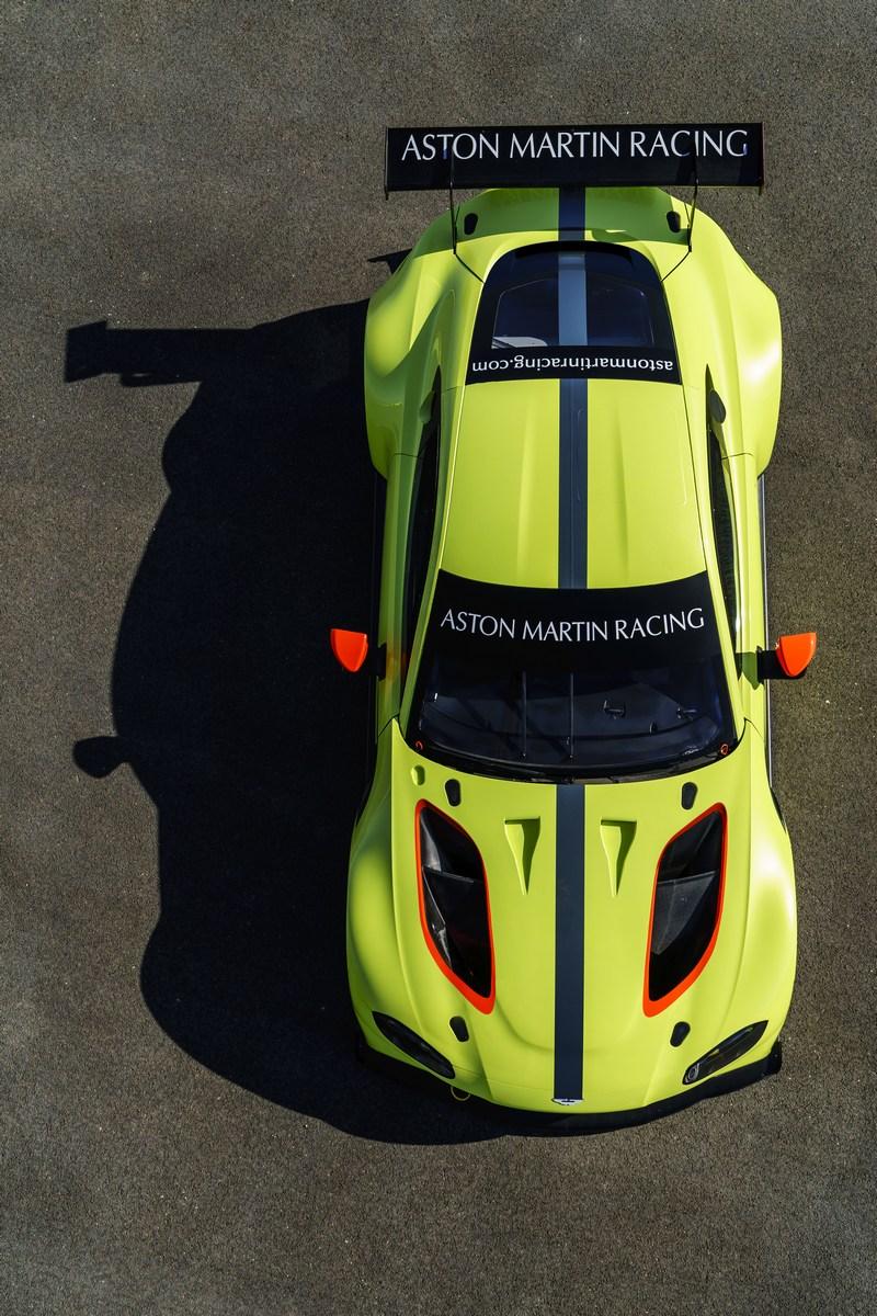 Aston_Martin_Vantage_GTE_08
