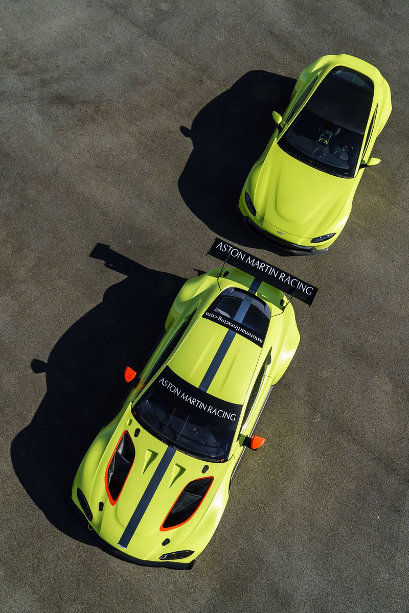 Aston_Martin_Vantage_GTE_17