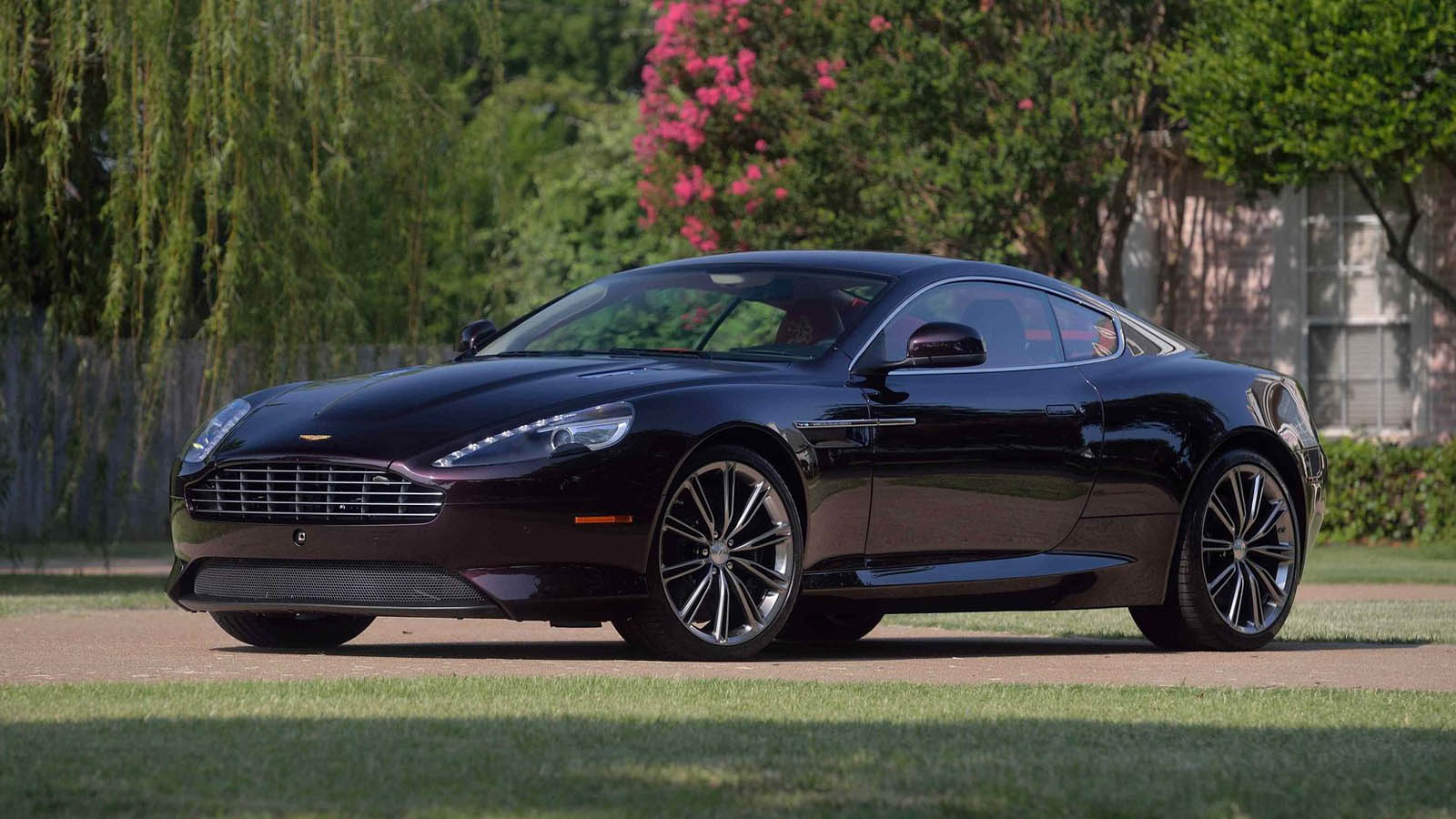 Aston_Martin_Virage_Dragon_88_Edition_08