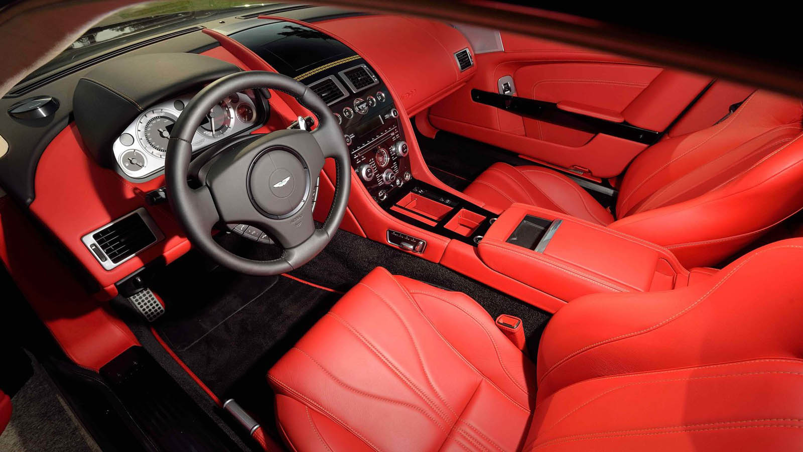 Aston_Martin_Virage_Dragon_88_Edition_10