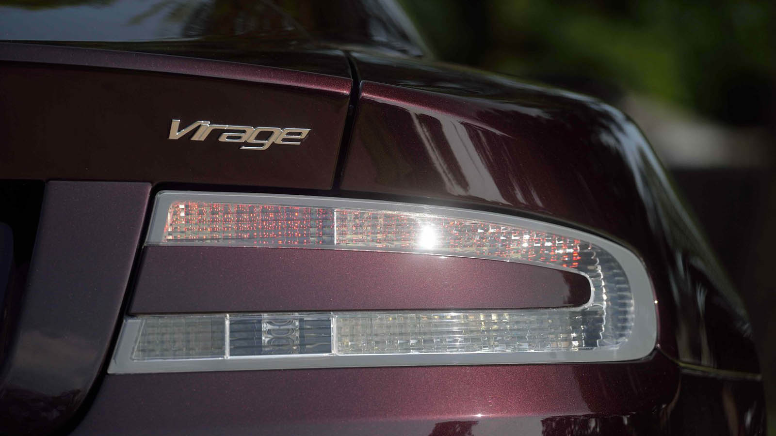 Aston_Martin_Virage_Dragon_88_Edition_12