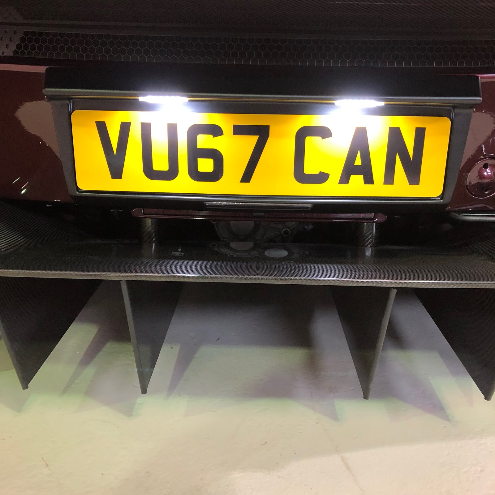 Aston Martin Vulcan street-legal (7)