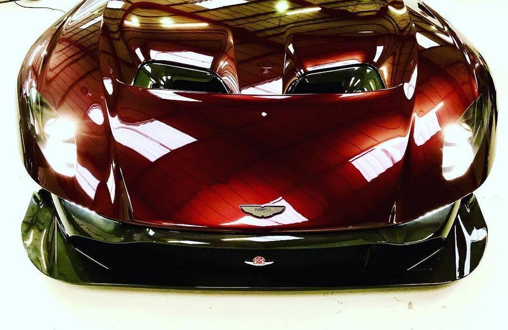 Aston Martin Vulcan street-legal (9)