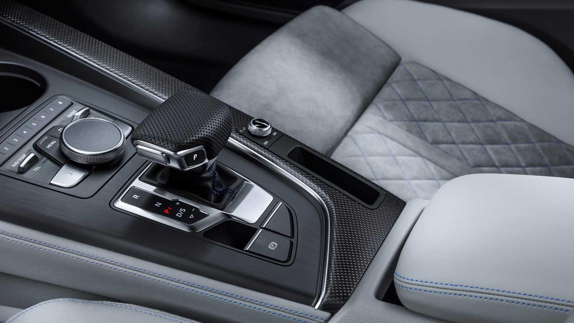 Audi_A5_Sportback_g-tron_06