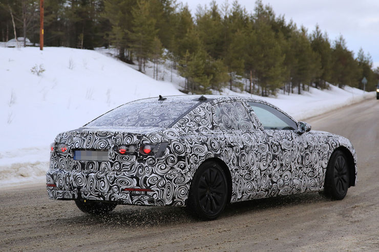 Audi A6 2018 Spy photos (10)