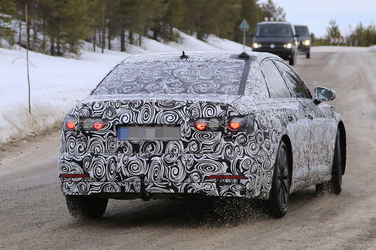 Audi A6 2018 Spy photos (12)