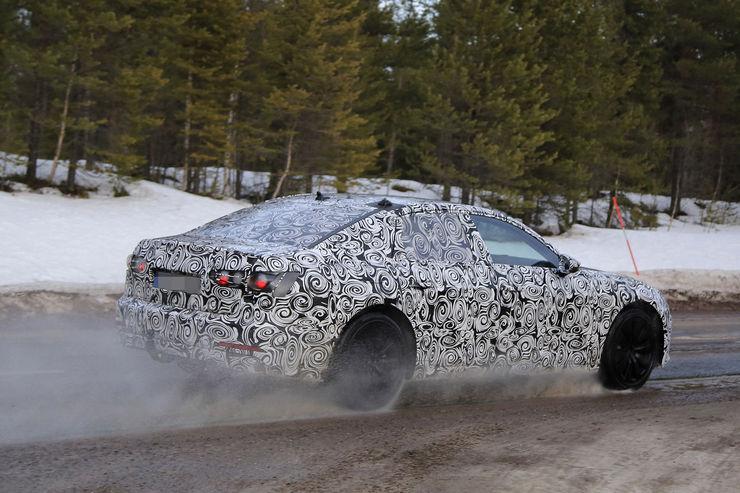 Audi A6 2018 Spy photos (17)