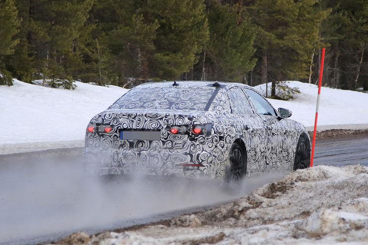 Audi A6 2018 Spy photos (18)
