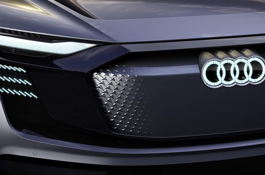 Audi-e-tron-Concept-6