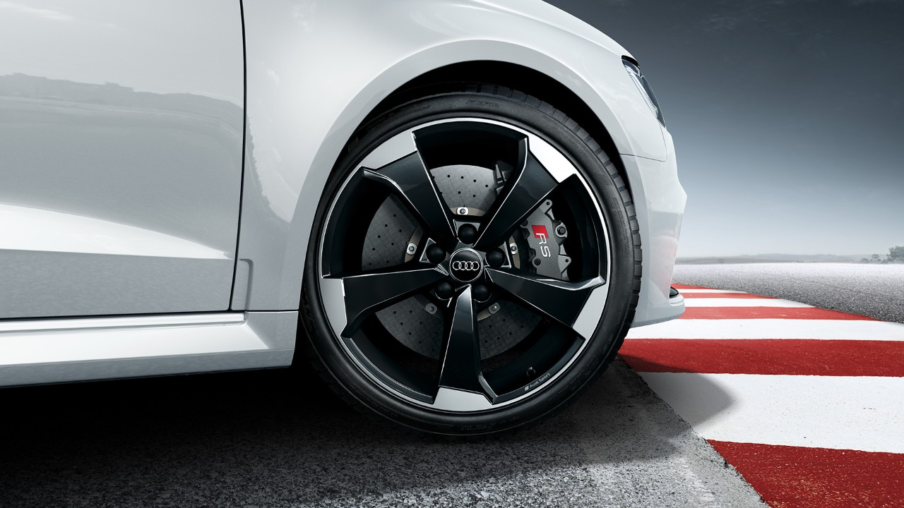2018 Audi RS3 Sportback (7)