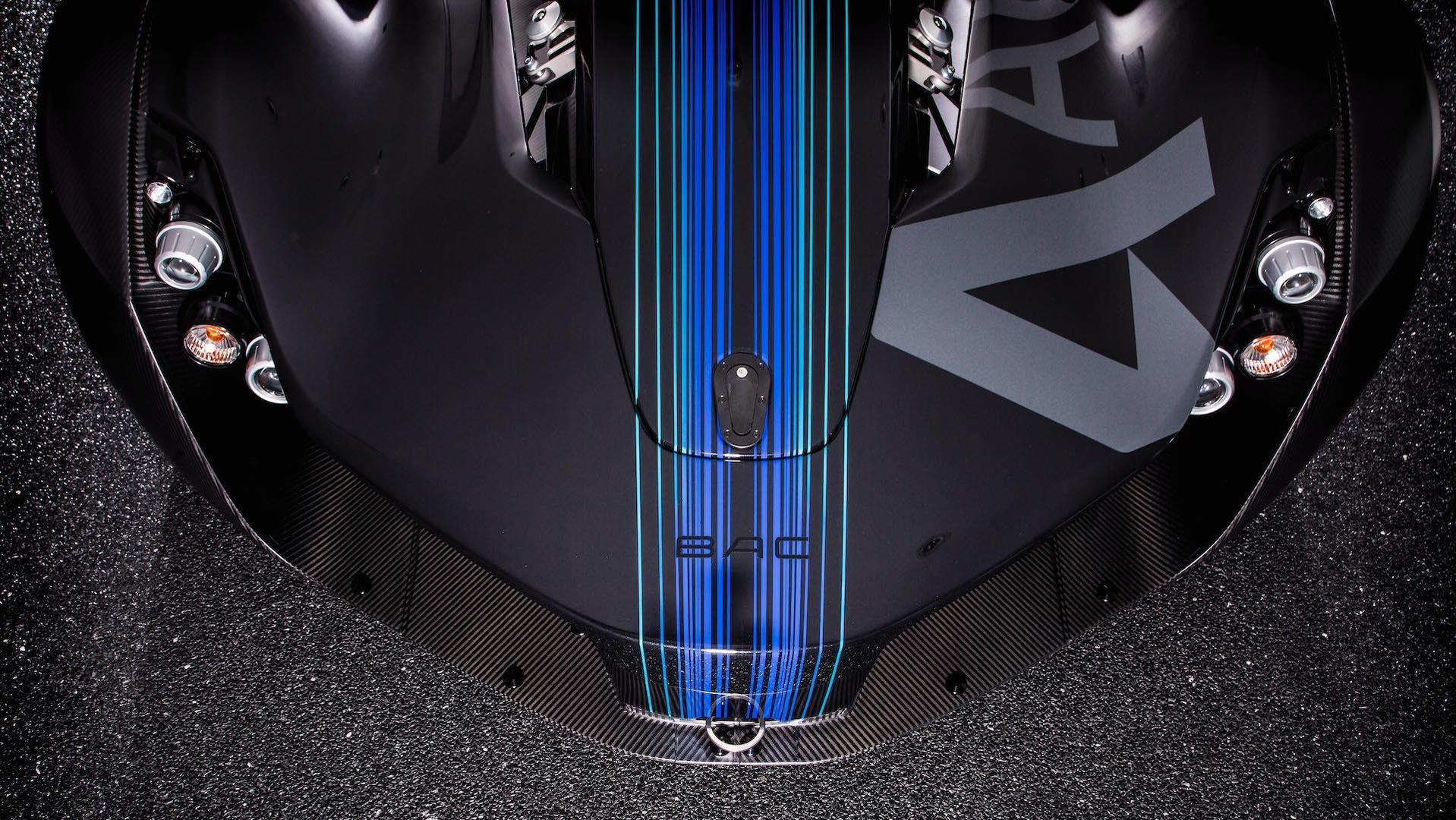 bac-mono-art-car (2)