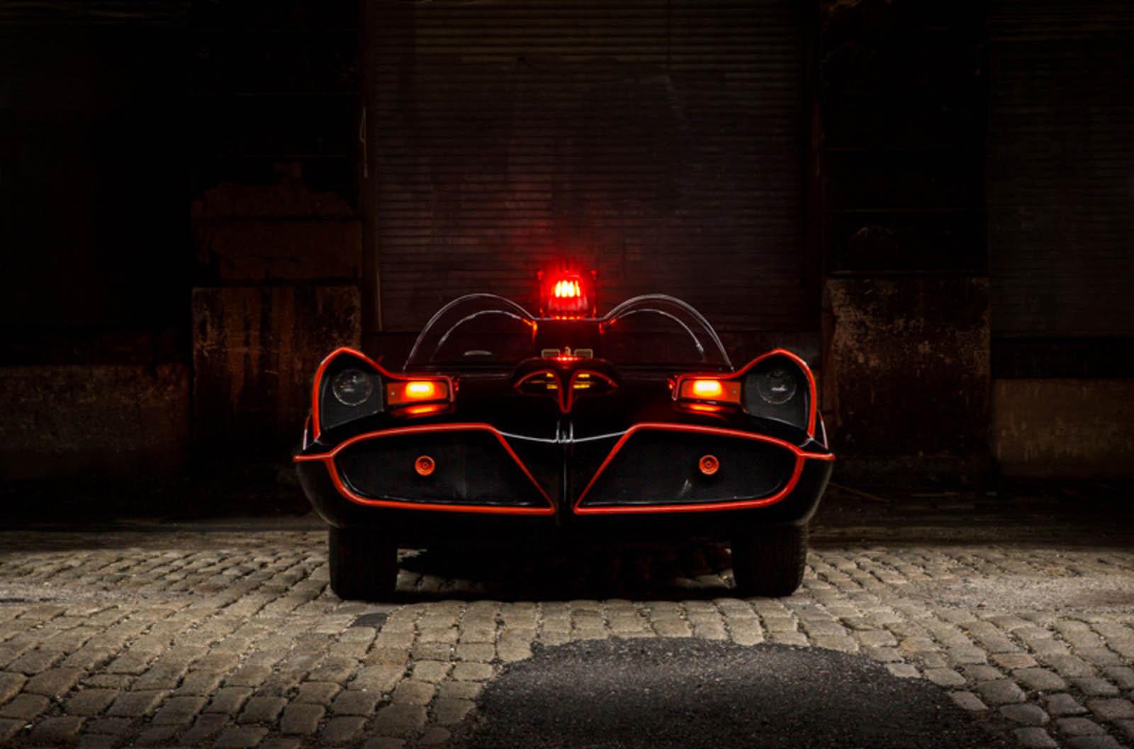 66 Batmobile-10