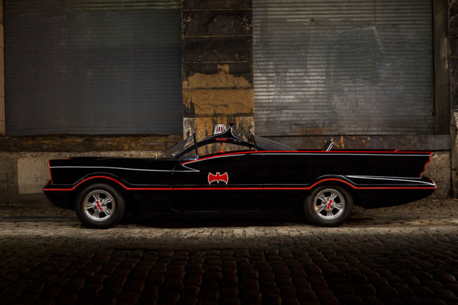 66 Batmobile-6