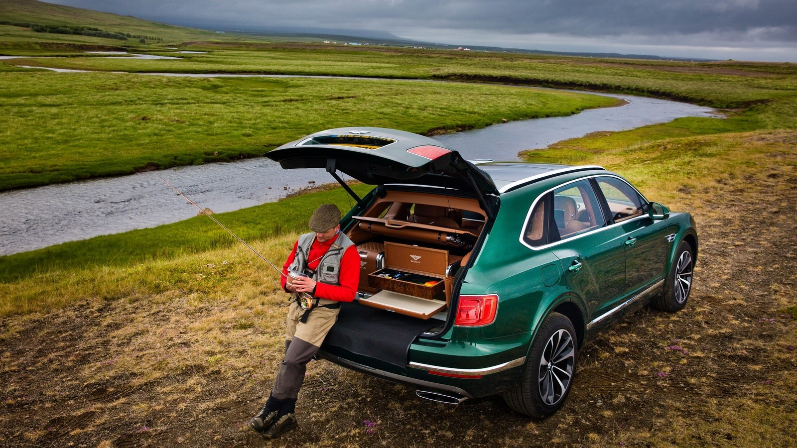 bentley-bentayga-fly-fishing-by-mulliner (4)