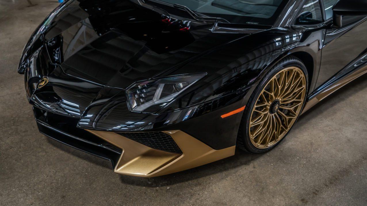 Black&Gold_Lamborghini_Aventador_SV_09