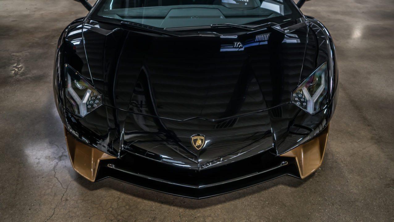 Black&Gold_Lamborghini_Aventador_SV_10