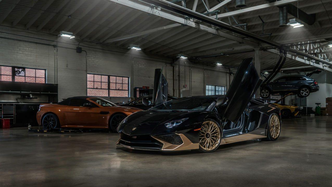 Black&Gold_Lamborghini_Aventador_SV_13