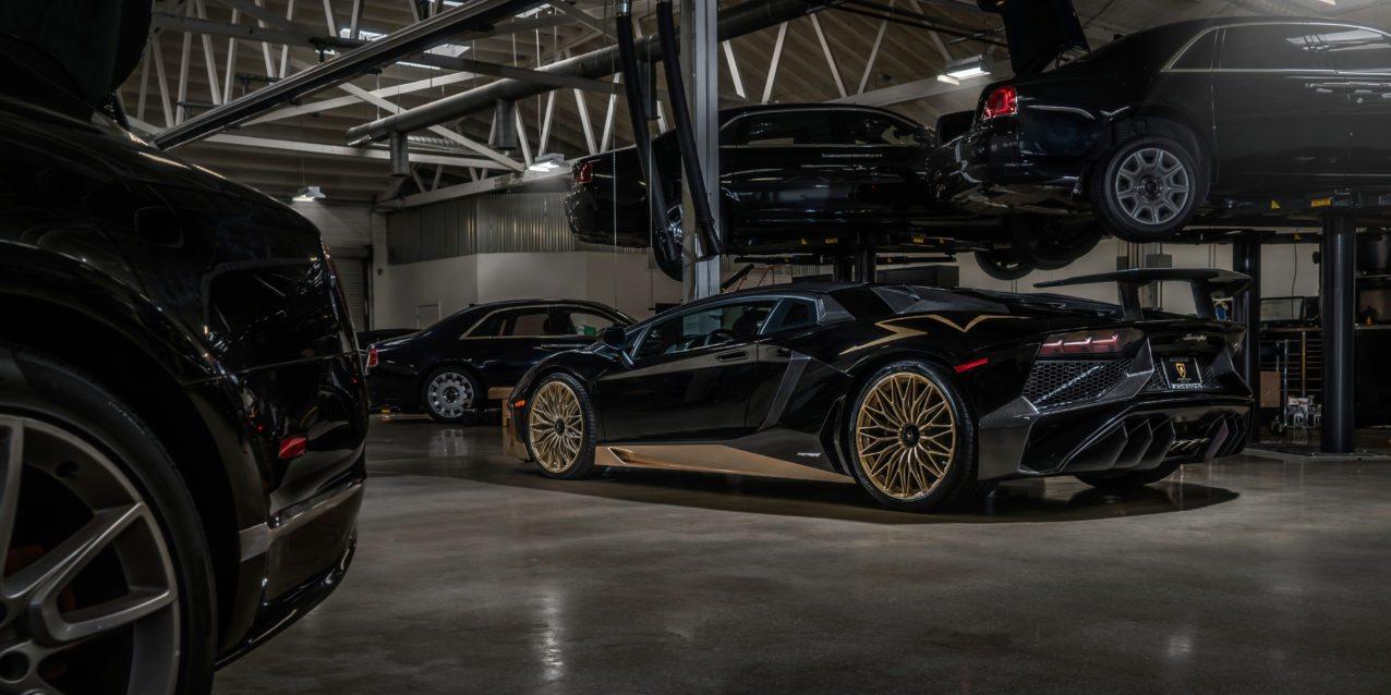 Black&Gold_Lamborghini_Aventador_SV_15