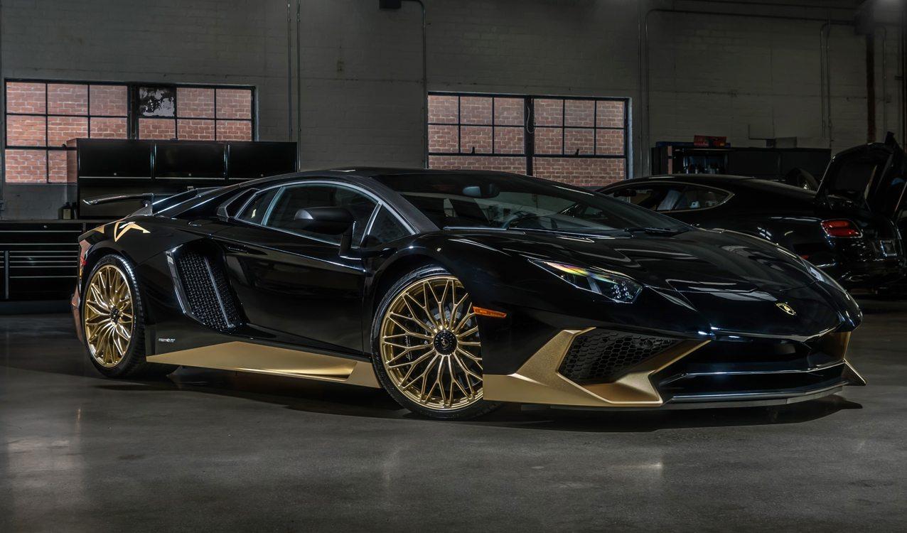 Black&Gold_Lamborghini_Aventador_SV_16